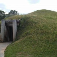 Earth Lodge Tour at Ocmulgee-December