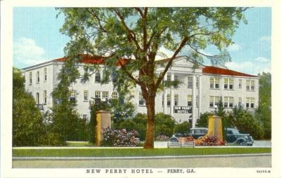 New Perry Hotel, Restaurant & Tavery